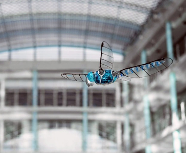 Bionicopter dragonfly robot