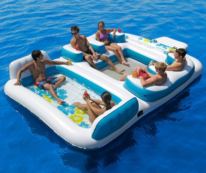 Giant Inflatable Floating Island 6 Person
