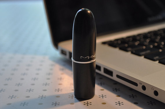 Lipstick Flash Drive