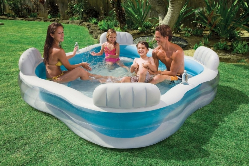 swim center family lounge pool gadgets matrix. Black Bedroom Furniture Sets. Home Design Ideas