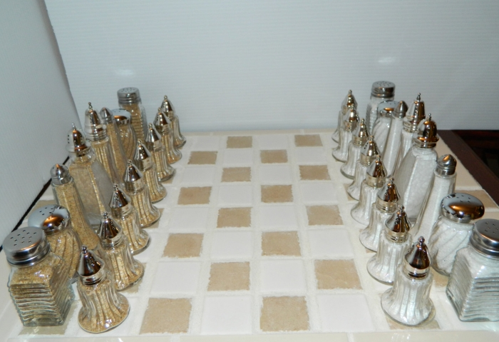 Chess Set & Board salt/pepper shakers