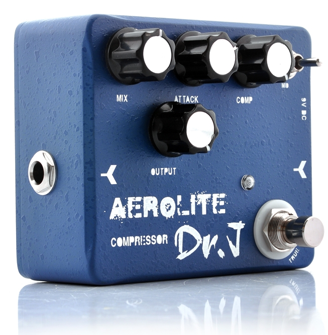 "Guitar Effects Pedal ""Dr. J D55 Aerolite Compressor"""