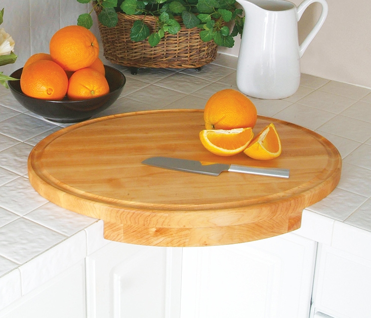 Space-Saving Cutting Board