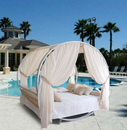 Outdoor Round Bed Set
