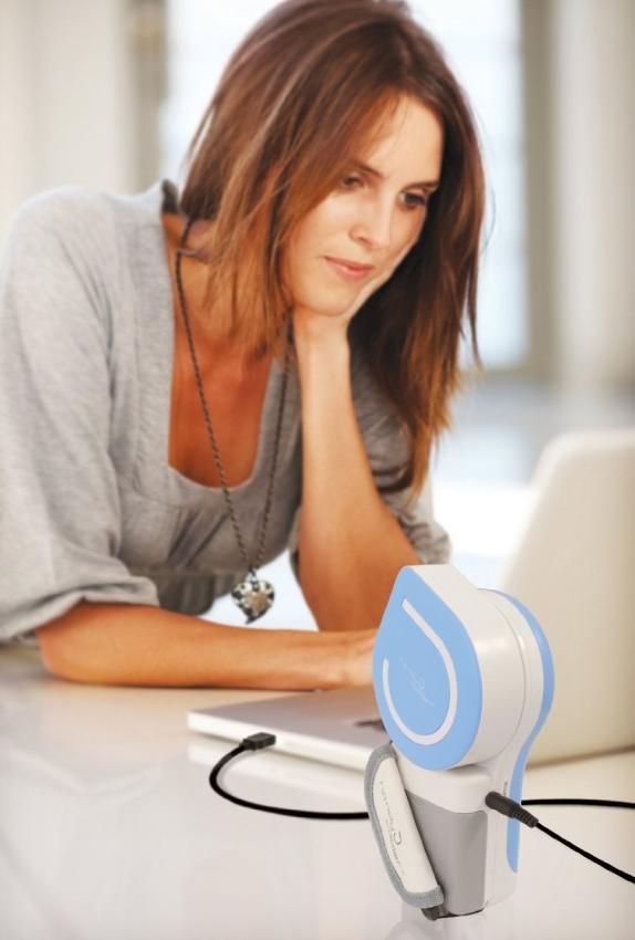 Small Fan & Mini-Air Conditioner: The Original Handy Cooler in Blue
