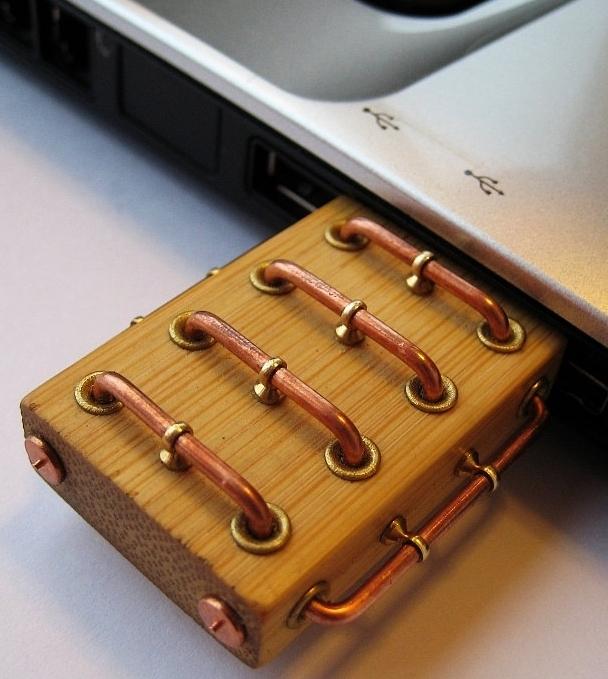 Bamboo 32GB USB 3.0 flash drive