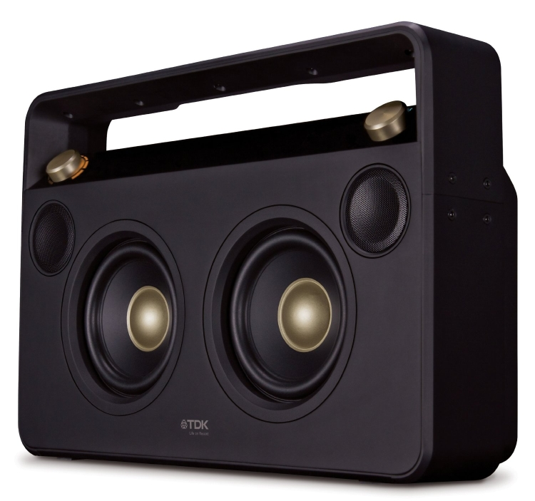 Bluetooth wireless speaker boom box