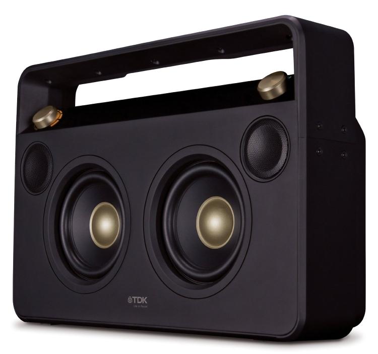 Bluetooth wireless speaker boom box