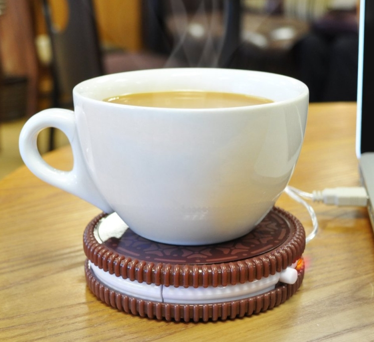 The USB Powered Cup Warmer Hot Cookie