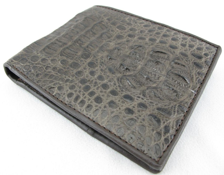 Pelgio Men's Genuine Caiman Hornback Skin Wallet Brown