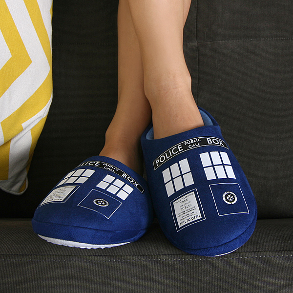 1272_doctor_who_tardis_slippers_in_use
