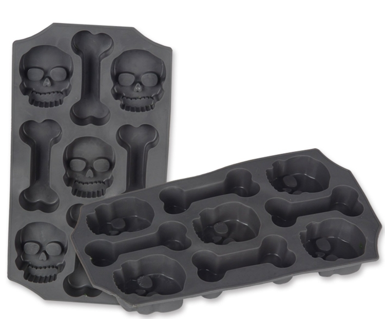 Skull and Bones Ice Mold