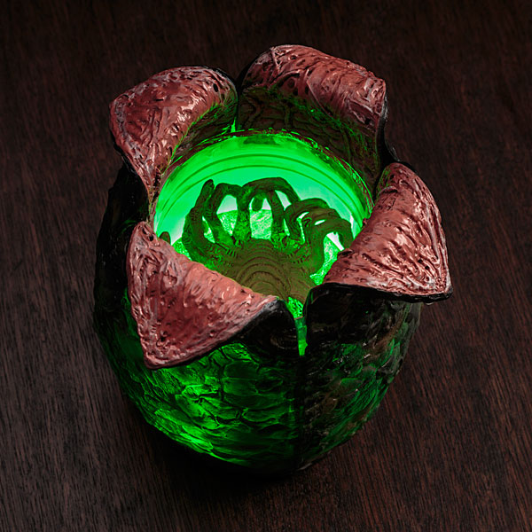 Alien Egg W/ Launching Facehugger & LED Lights