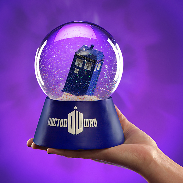 Doctor Who TARDIS Water Globe