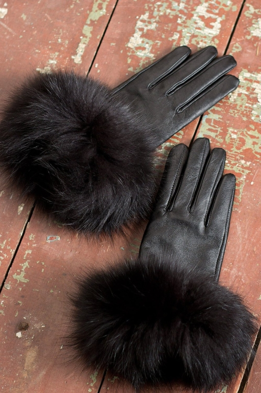 Women's Touch Tech Lambskin Leather Gloves with Fox Fur Trim