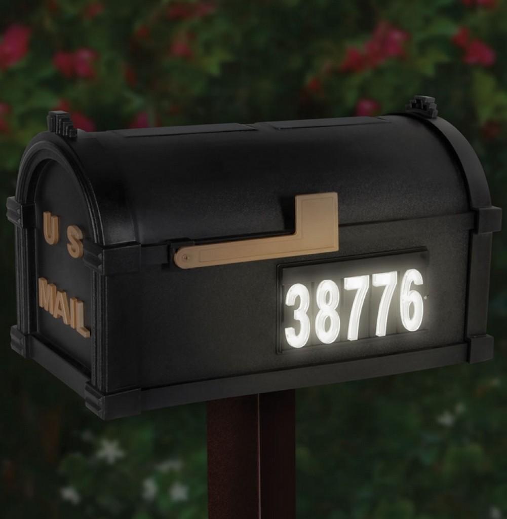 The Solar Illuminated Address Mailbox Gadgets Matrix