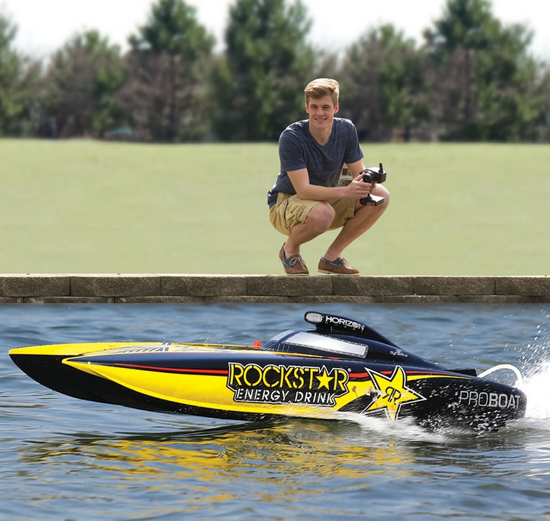 Class RC Racing Boat.