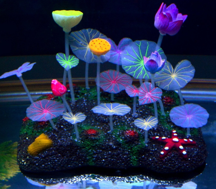 Glowing Effect Artificial Lotus Root Aquarium Ornament