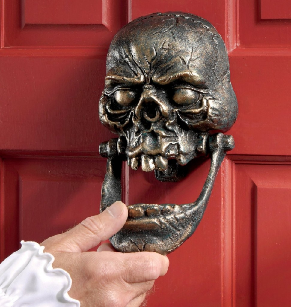 Home Decoration And Furnishing Articles Couple Characters: Skull Cast Iron Door Knocker