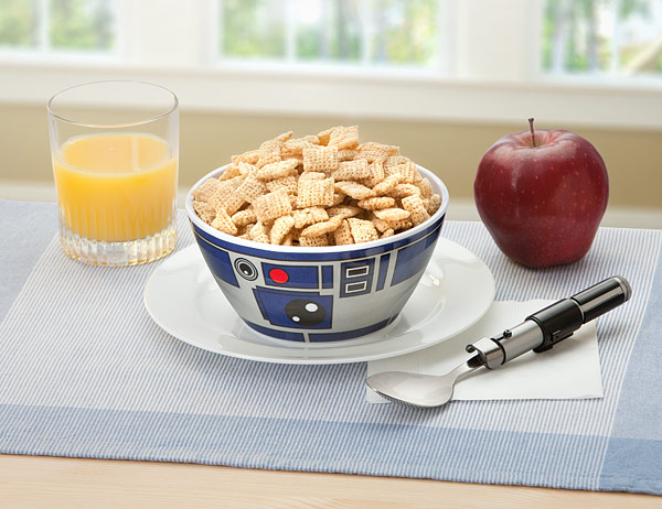 iont_sw_r2-d2_bowl_set_inuse