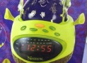 Shrek AM/FM Alarm Clock Radio with Projection Globe