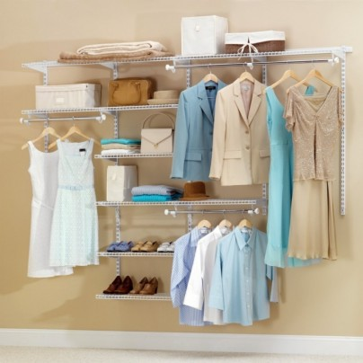 Configurations 4 – 8 ft. White Deluxe Closet Kit