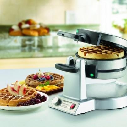 Double Belgian-Waffle Maker