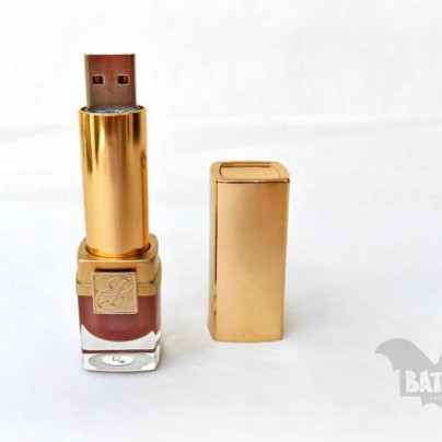 Lipstick lady usb