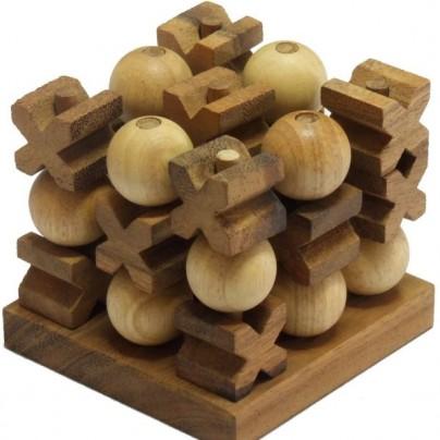 Handmade 3D Tic-Tac-Toe Game
